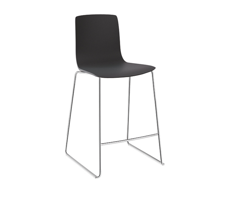 Aava — Counter stool - Aava Arper  2