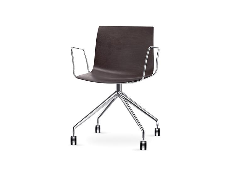 catifa 46 trestle fixed arper design furniture. Black Bedroom Furniture Sets. Home Design Ideas