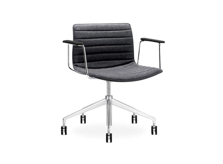 catifa 53 5 ways swivel arper design furniture. Black Bedroom Furniture Sets. Home Design Ideas