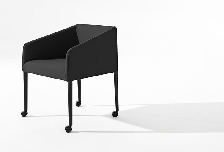 Saari Tr Vierbeinig Arper Designermöbel