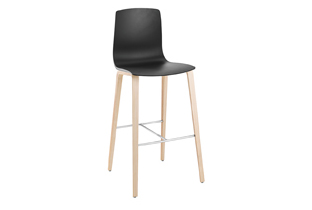 Aava — Bar stool 4 wood legs