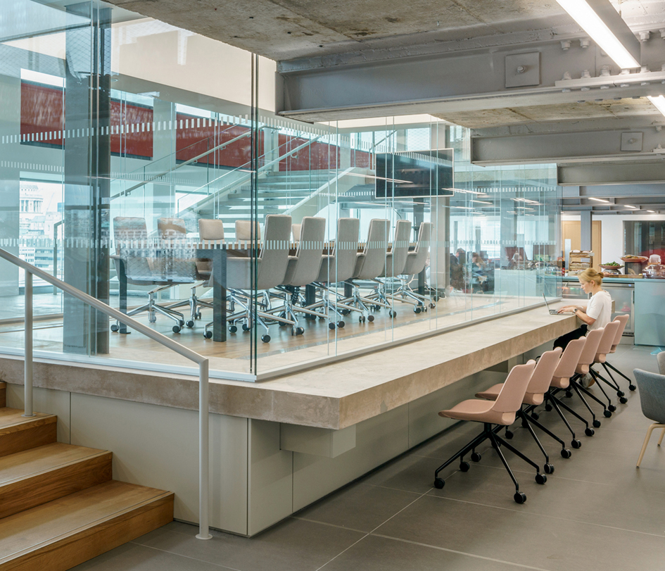 Ogilvy Group HQ - Arper