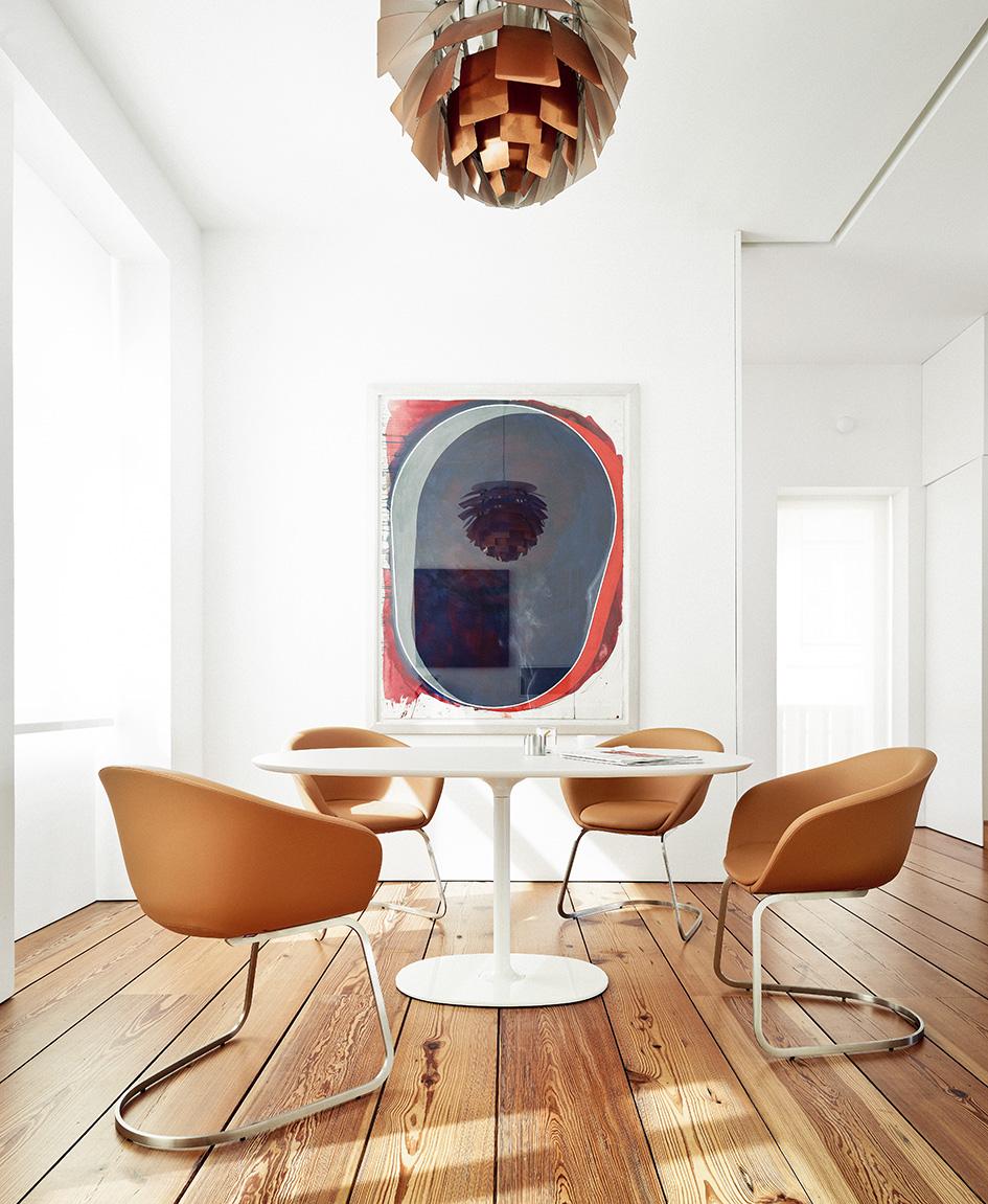 shooting in portugal arper. Black Bedroom Furniture Sets. Home Design Ideas
